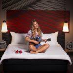 Muzyka zamieszkała w hotelach rodziny ibis