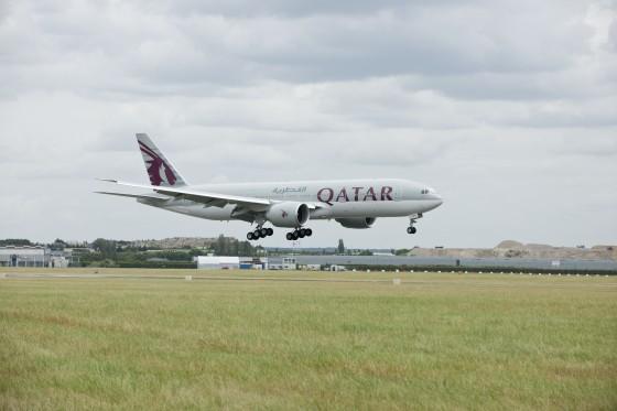 Qatar Airways' Boeing 777-200LR